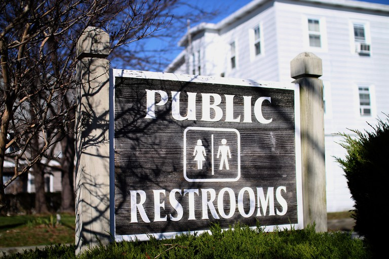 Need a public restroom use an app Mr.TinDC Flickr