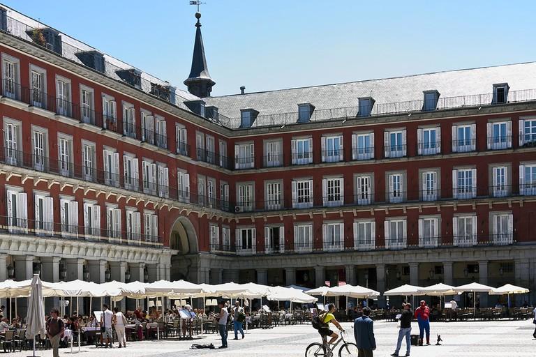 Outdoor terraces in the Plaza Mayor