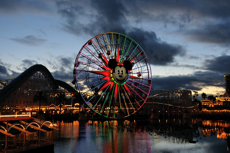 Paradise Pier | © Michael Saechang / Flickr
