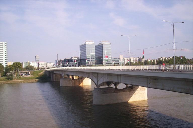 Arpad hid Budapest