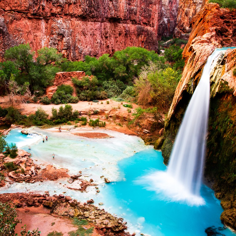 Beautiful Places In Usa Youtube: Why Everyone's Going Crazy Over This Magical Waterfall In