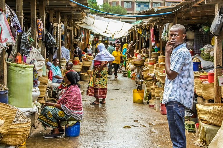 Arusha Market of the town© Benny Marty / Shutterstock