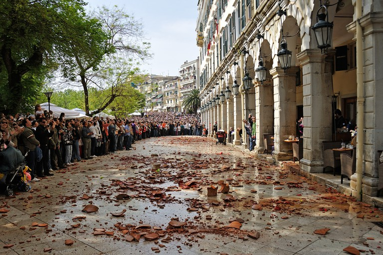 Easter tradition in Corfu involving the smashing of clay jugs to celebrate the Resurrection