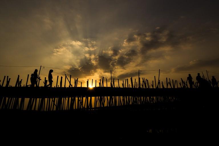 The bamboo bridge in Kampong Cham   © Khiev Kanel/ Shutterstock