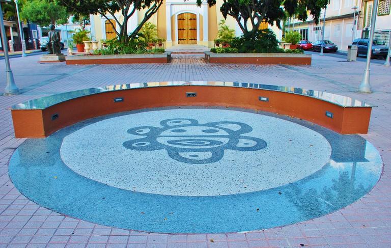 Taíno Sun symbol