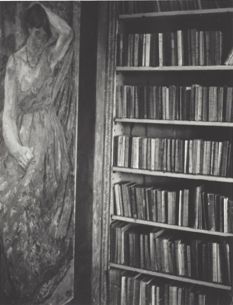 Patti Smith, Vanessa Bell's Library, Duncan Grant's painting of Vanessa Bell in her Mother's Dress, 2006