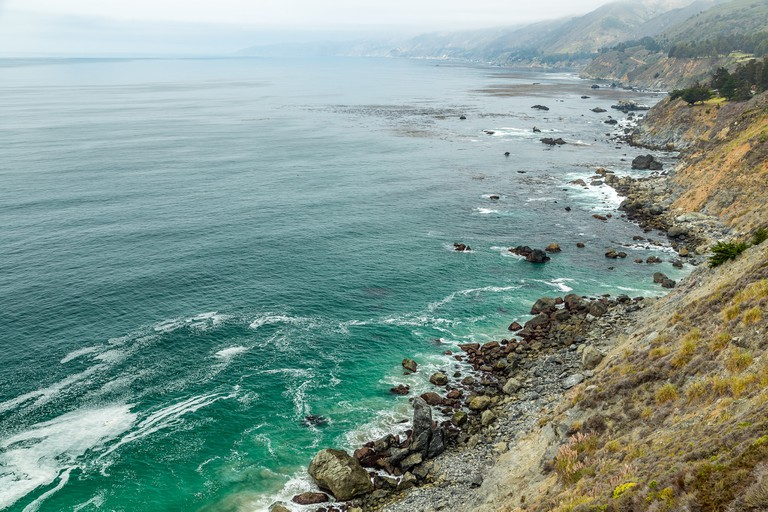 The Pacific Ocean as seen from the Pacific Coast Highway | © adifferentbrain / Flickr