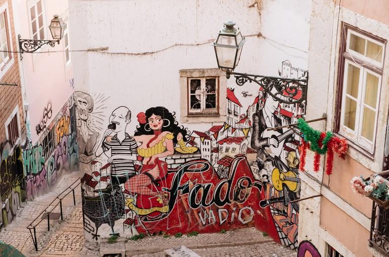 WATSON - LISBON - PORTUGAL- ESCADINHAS DE SÃO CRISTOVÃO - FADO INSPIRED STREET ART2