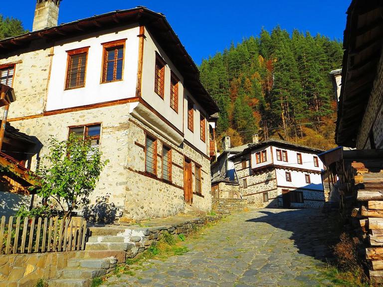 Shiroka Laka village | © Paulinabgbg/WikiCommons