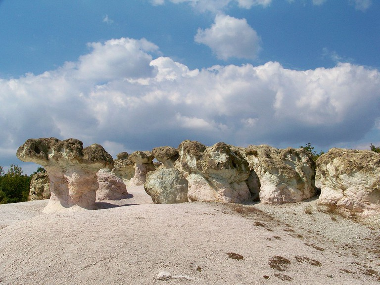 The Stone Mushrooms in Bulgaria I © www.vacacionesbulgaria.com/WikiCommons