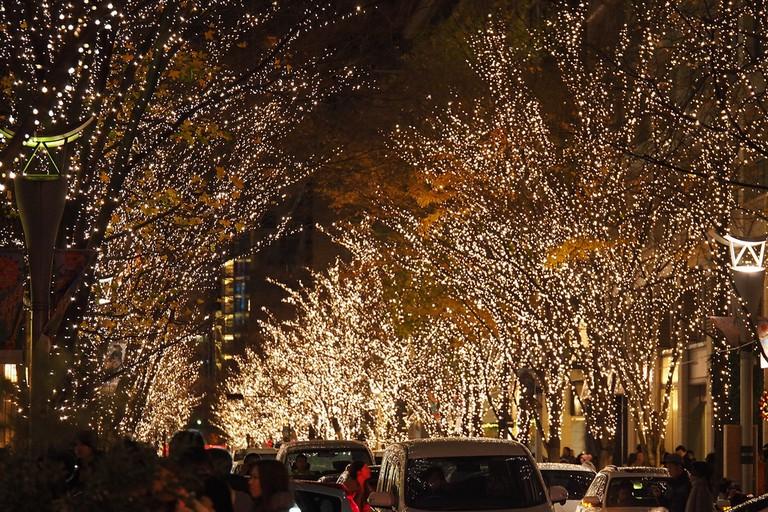 Marunouchi Naka-dori during the Christmas illuminations