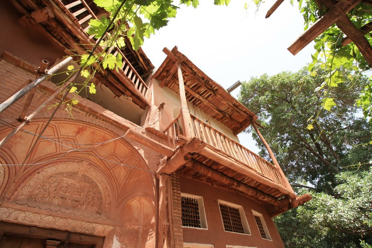 The adobe houses in Abyaneh are red