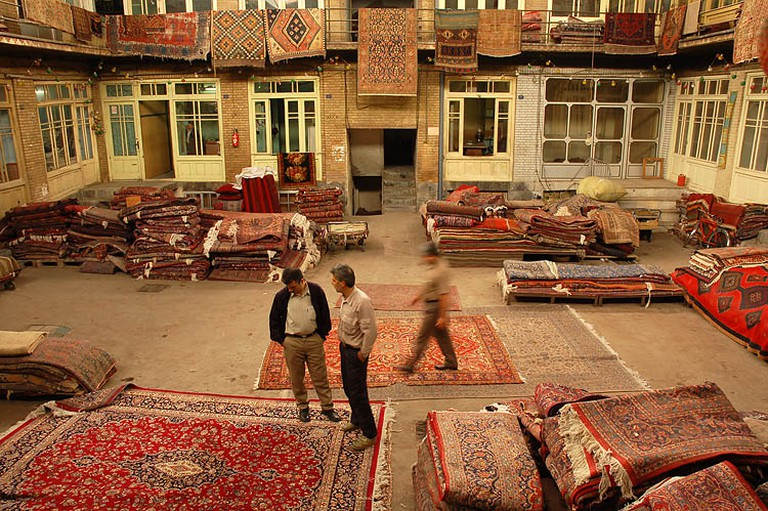 Rug shop in Tehran's Grand Bazaar | © Kamyar Adl / Flickr