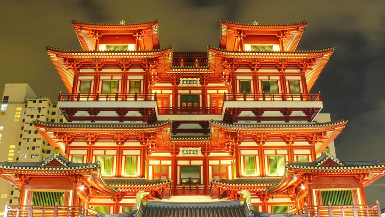 Buddhist Tooth Relic Temple in Chinatown, Singapore