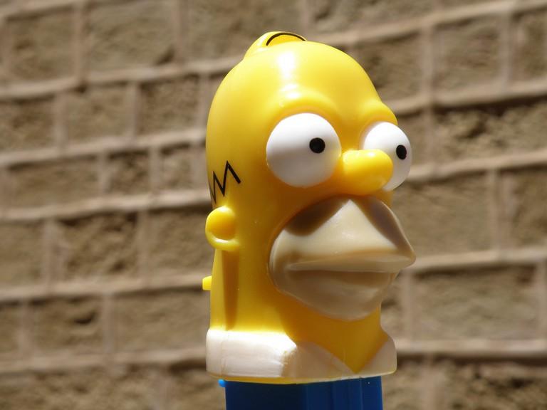 Homer Simpson in Pez form