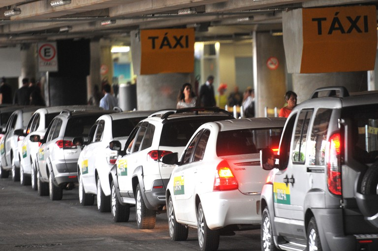 Take only official taxis
