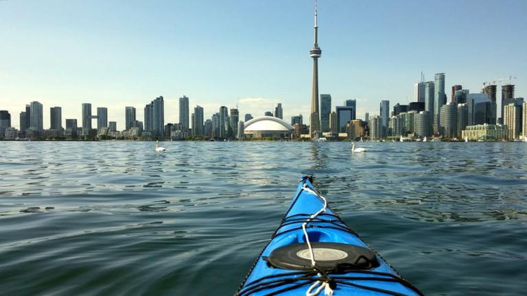 Kayaking around the Toronto Islands