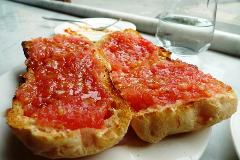 Pan con tomate © Ewan Munro