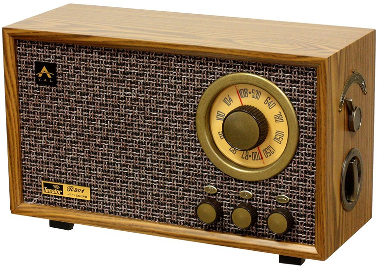 Tesslor R301 Retro-style Tabletop AM/FM Hi-Fi Radio with Treble & Bass Control and Auxiliary Input for External Audio Device, $149