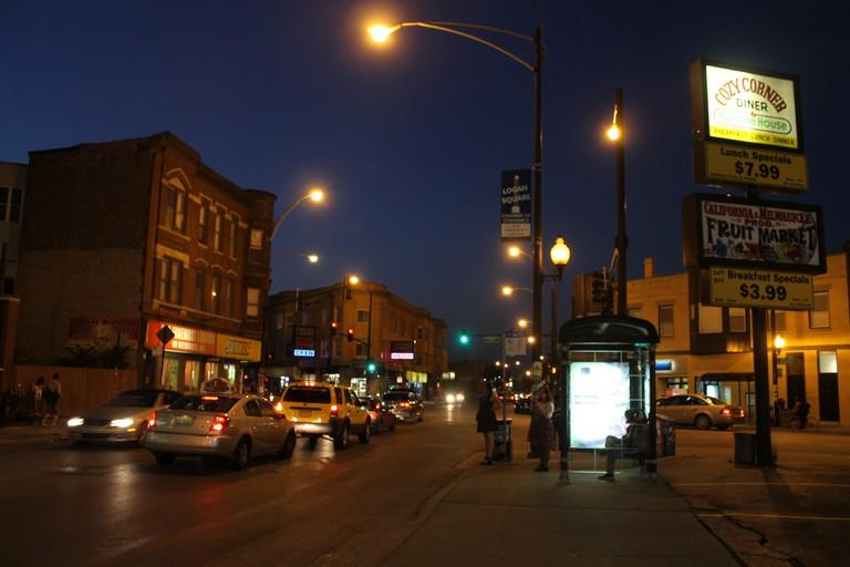Logan Square | © Connie Ma/Flickr