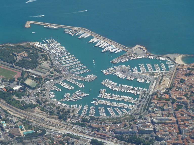 Antibes │© Abxbay / Wikimedia Commons