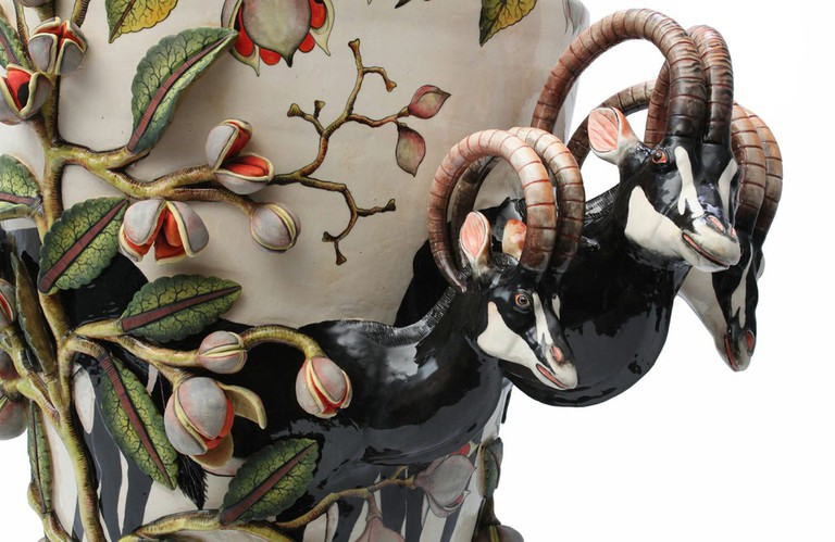 Ardmore Ceramic Art was established by Fée Halsted on Ardmore Farm in the foothills of the Drakensberg Mountains of KwaZulu-Natal