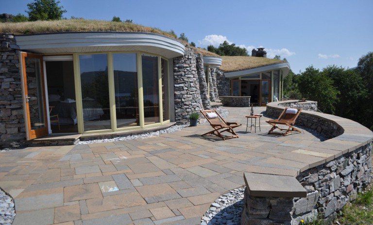 Curved Stone House   Courtesy Of Gavin Anderson, The Stonehouses Ullapool