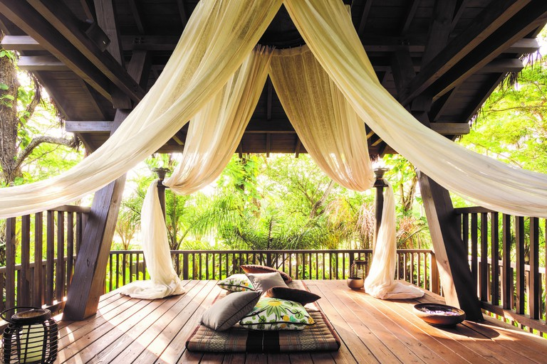 Spa Botanico – tree house treatment room