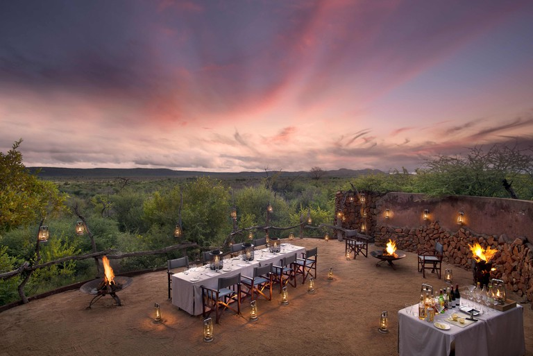 Dining al fresco at Madikwe