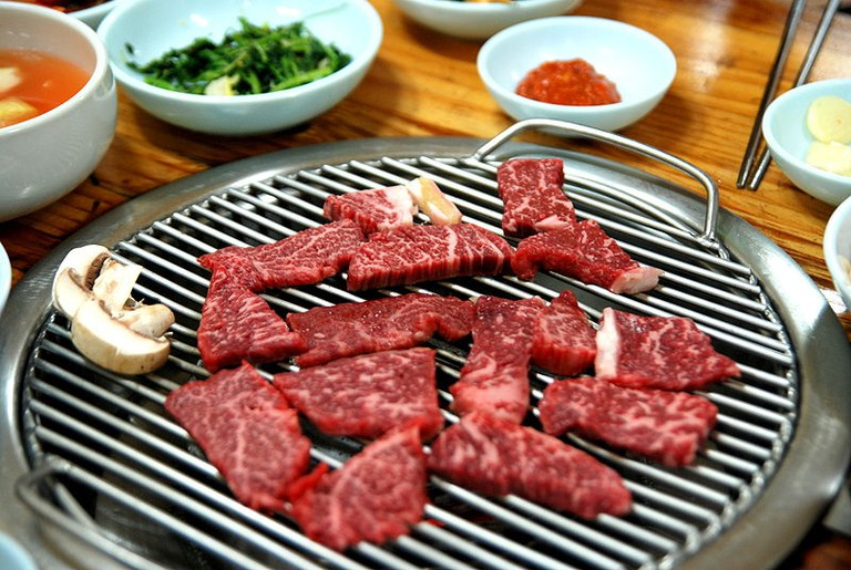 Korean barbecue-Hoenggye hanu | © suksim/WikiCommons