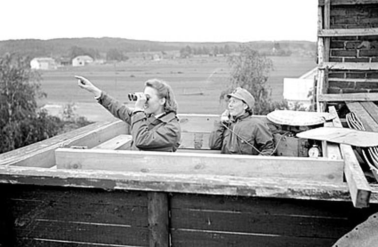 Members of the Lotta Svärd