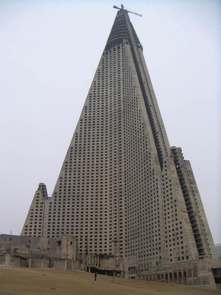 Ryugyong Hotel, North Korea   © Wikipedia
