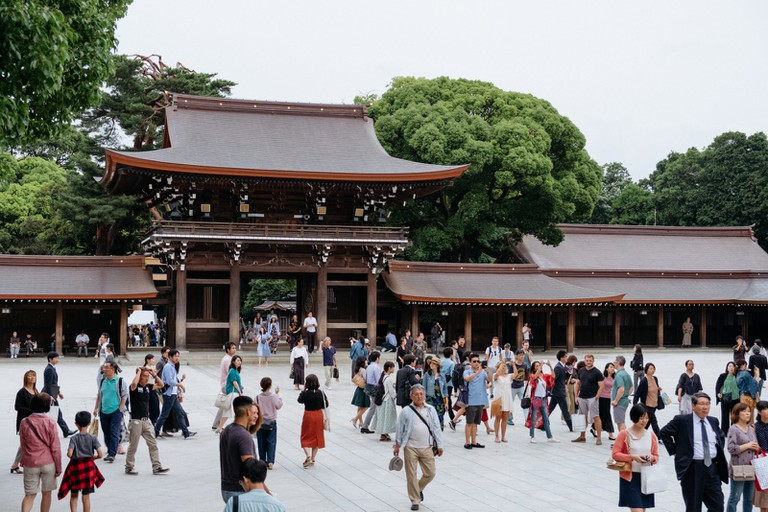 The Meiji Shrine attracts thousands of visitors every day.