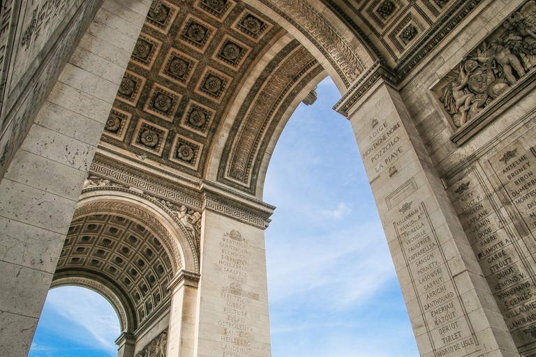 Vault of the Arc de Triomphe│© Chris Parker / Flickr