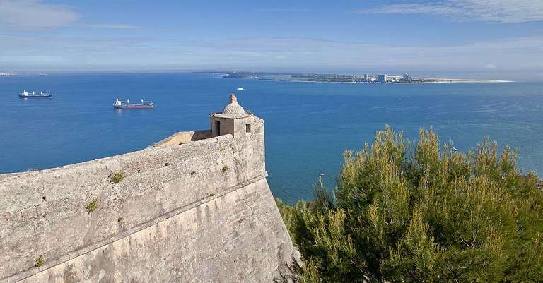 The Fortaleza de S. Filipe in Setubal looks over to Troia Peninsula