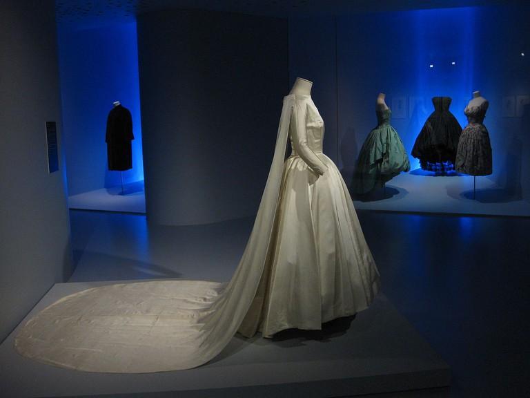 Balenciaga Museoa exhibit | ©Kippelboy / Wikimedia Commons