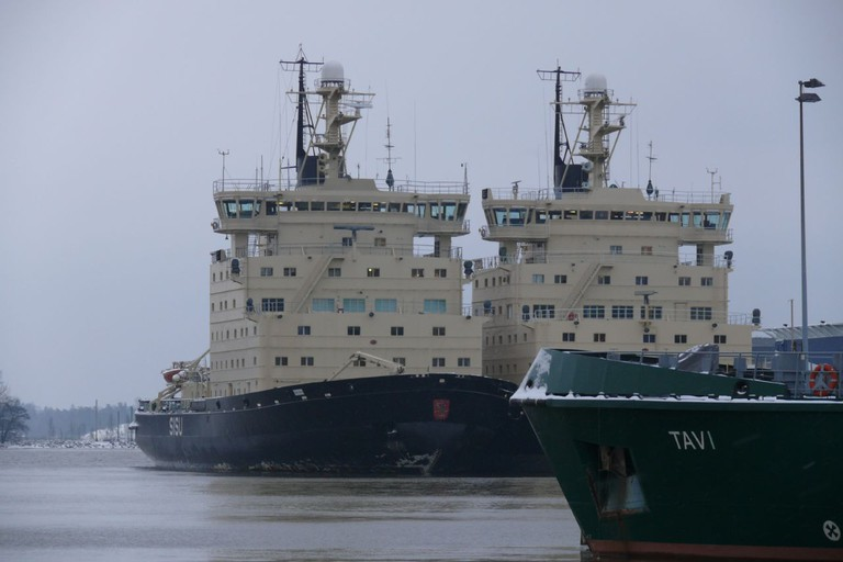 Two of the ice breakers docked in the harbour/ netwalkerz_net/ Flickr