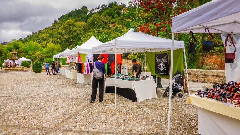 Arts and crafts market on Granada's Paseo de los Tristes