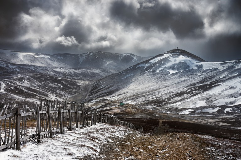 Storm Descending On Cairnwell | © Neil Williamson / Flickr