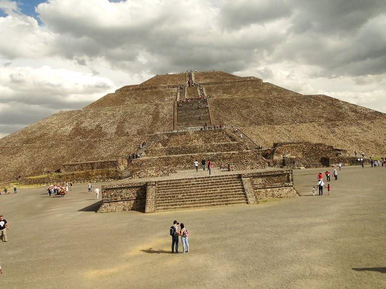 Taking in Teotihuacán