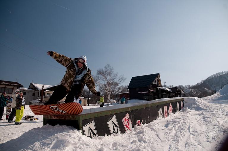 Snowboarding in Myoko