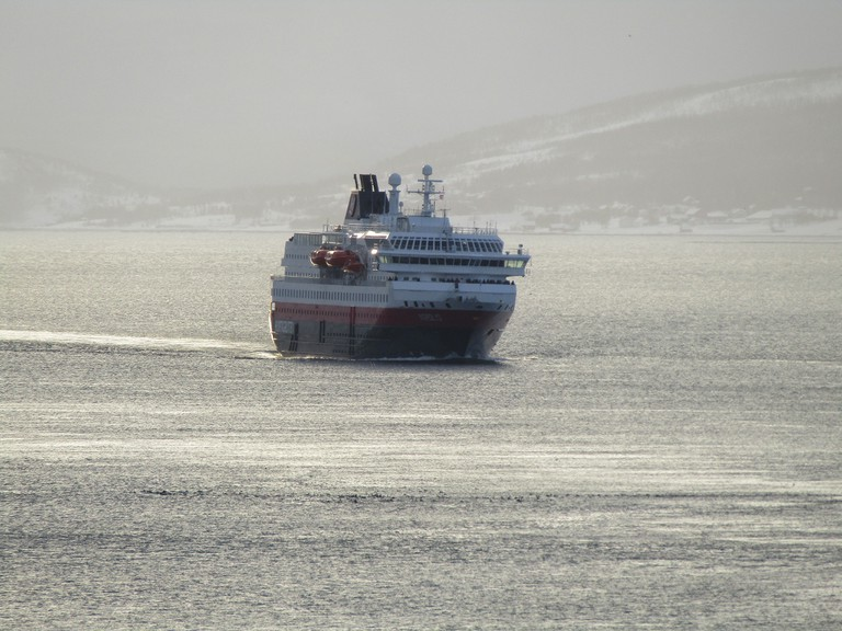 MS Nordlys coming in to Tromsø