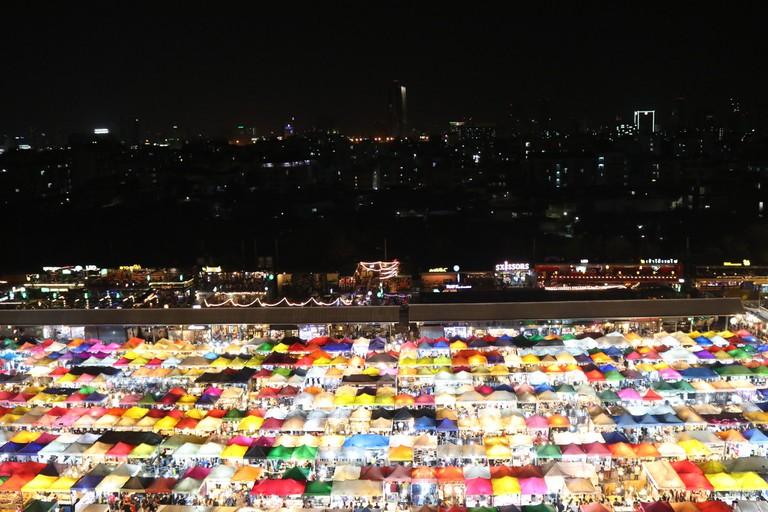 Ratchada Train Market