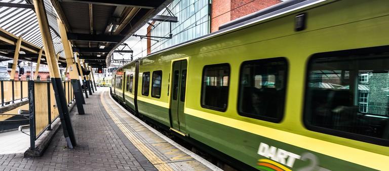 DART Train - Connolly Station (Dublin) | © William Murphy/Flickr