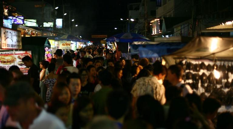 Crowds of people at Hua Hin night market