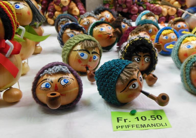 Decorated onions at Bern's Zibelemärit | © Lisa Stevens/Flickr