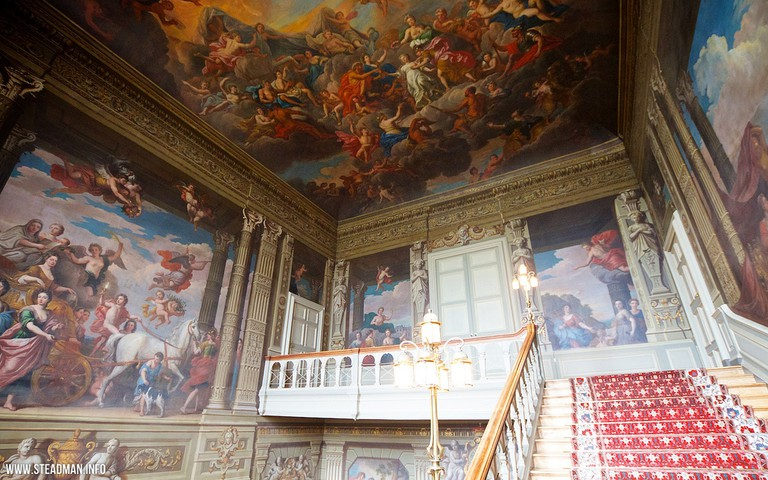 Petworth House | © davidgsteadman/Flickr