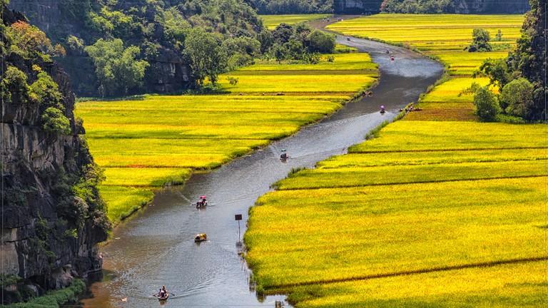 Boat rides around Tam Coc rice terraces | © Tuấn Mai / Flickr