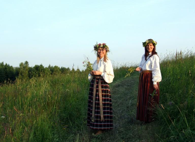 Latvian girls in traditional Midsummer dress
