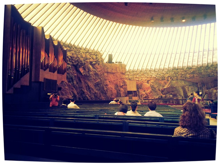 Interior of the Rock Church/ Annette Lee/ Flickr